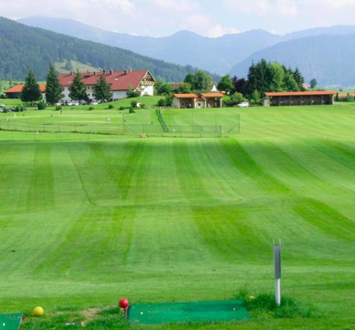 Golfzentrum oberstaufen golfplatz oberstaufen exklusiv for Oberstaufen golf