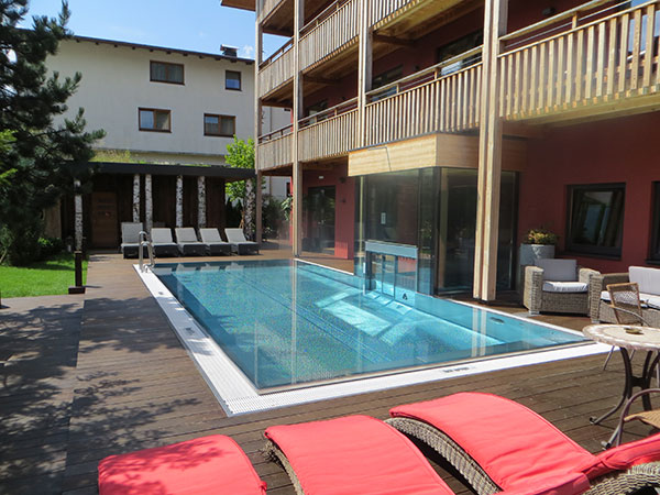 golf-lodge-pool-fotocredit-exklusiv-golfen
