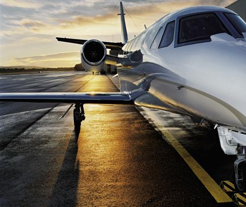 lufthansa-private-jet-im-sonnenunterganglufthansa-private-jet-during-sunset