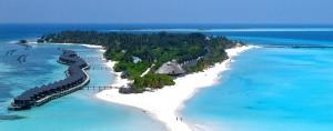 Kuredu Island Resort & Sangu Water Villas auf dem Lhaviyani Atoll mit 6-Loch-Golfplatz