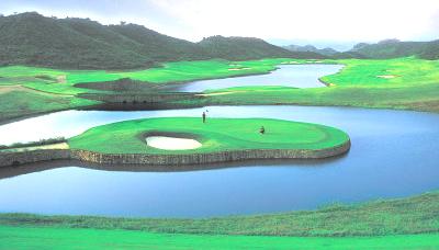 Härtestes Inselgrün der Welt: Faldo Course Mission Hills