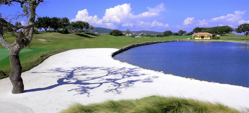 36 exklusive Golflöcher und ein besonderes Luxusresort: San Roque Club