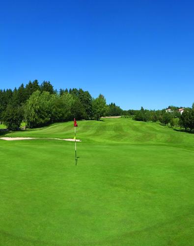 Erster Golfplatz in Südtirol: 18 Löcher Petersberg seit 1988