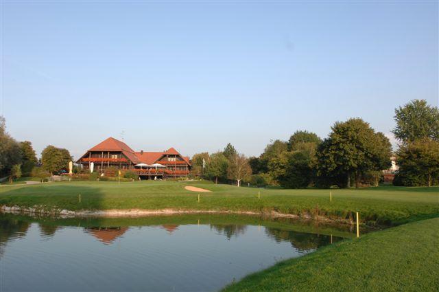 Golf & Gourmet: Turnierserie 'München spielt Golf' macht Station im Golf-Club Olching mit Dining-Range von Starkoch Marquard