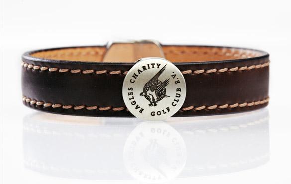 Exklusives Geschenk für Golfer: Leder-Armband mit Charity-Geschichte