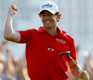 "in ""Tiger Rot"" gewinnt Rory McIlroy die PGA Championship"