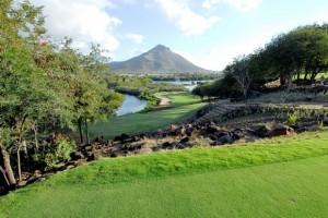 Die beeindruckende Bahn 13 des Tamarina GC gilt als Signature Hole - Photocredit: Tamarina Golf