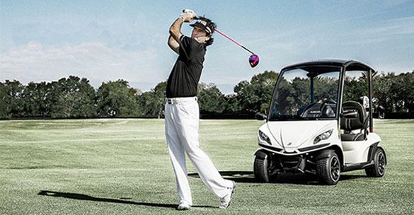Golfcart-Bubba-Watson