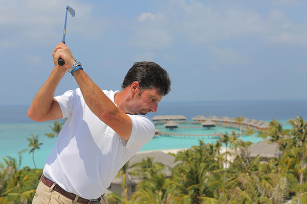 Olazabal-Golf-Malediven-Fotocredit-Tom-Tavel