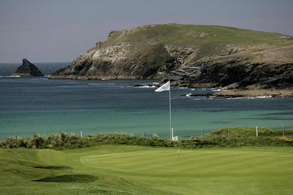Trevos-Golf-Club-6-Loch