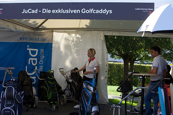 JuCad-Golftrolley-und-Cartbags