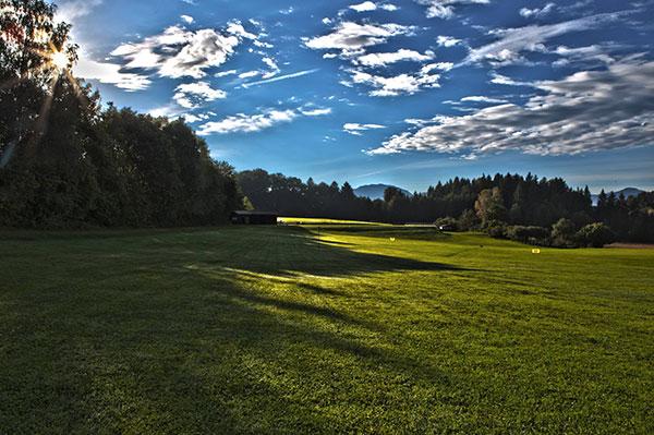 Golfclub-Iffeldorf-Driving-Range-Fotocredit-exklusiv-golfen