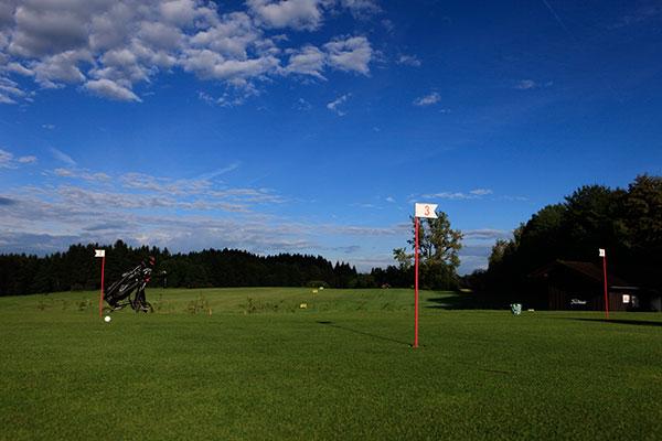 Golfplatz-Iffeldorf-Driving-Range-Fotocredit-exklusiv-golfen