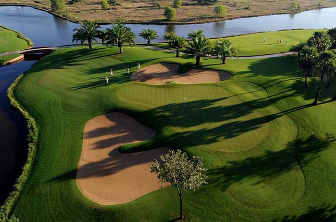 Angkor-Golf-Club-Weltreise-Golfmotion