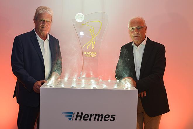 Die Hermes Stehle ist am Samstag im Stadion beim FC Bayern aus ihr kommt dann die Meisterschaftsschale