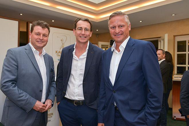 Ralph Fürther PR Chef von SKY mit Jürgen Mayer exklusiv-golfen und Stefan Blöcher - der als sportliche Leiter alle Gäste persönlich begrüsste