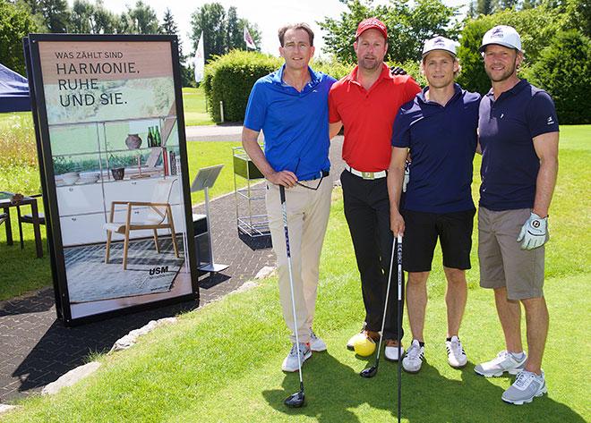 links Veranstalter Juergen Mayer mit Thorsten Barthel DGS und den Geschäftführern von Foursports Schweiz / Ausrichter European Open Bad Griesbach