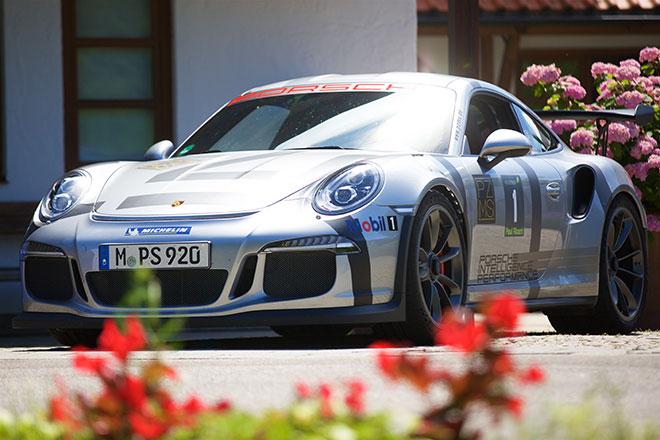 Porsche zum fünften mal als Partner bei der CEO Golfers Challenge