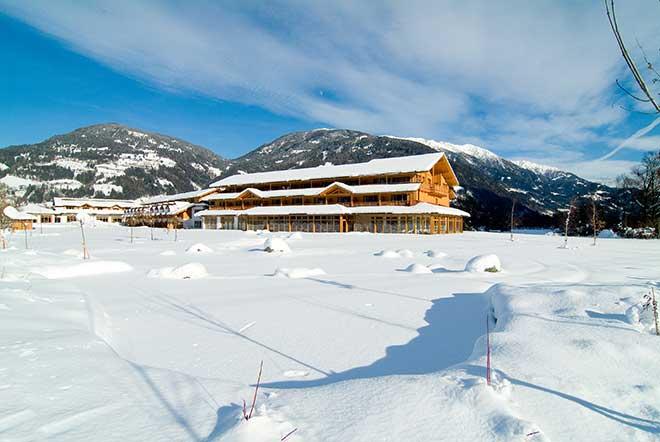 Wenn die Fairways mit Schnee bedeckt sind wird 2017 Star-Koch Dieter Müller den Kochlöffel im Dolomitengolf Resort schwingen.