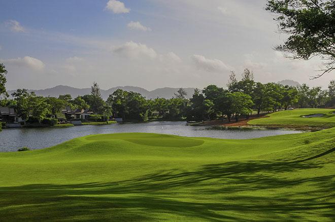 Thailands bestes Golfhotel und der dazu gehörige Golfplatz: Loch 10 des Laguna Golf Phuket