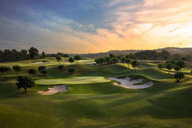 Blick auf Loch 16 und Grün 17 vom Las Colinas Golf & Country Club Nähe Alicante. Fotocredit: Kevin Murray