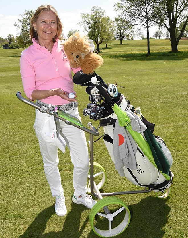 Sybille Beckenbauer mit ihrem JuCad. Fotocredit: Wolfgang Breiteneicher, SchneiderPress