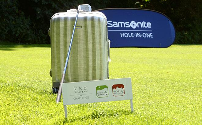 Bei der Hole-in-One-Challenge von Samsonite konnte man an Loch 3 eine Weltreise im Wert von 15.000 € gewinnen.