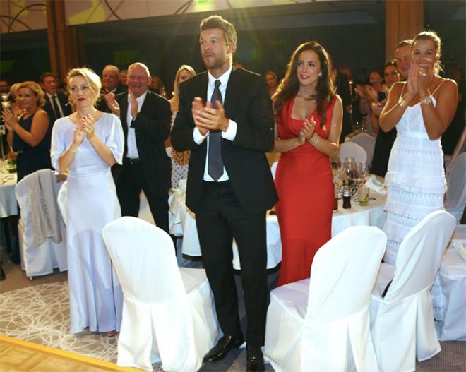 Zählen definitiv zur dt. Golf High Society: Michael Ballack mit seiner Freundin Natacha Tannous.