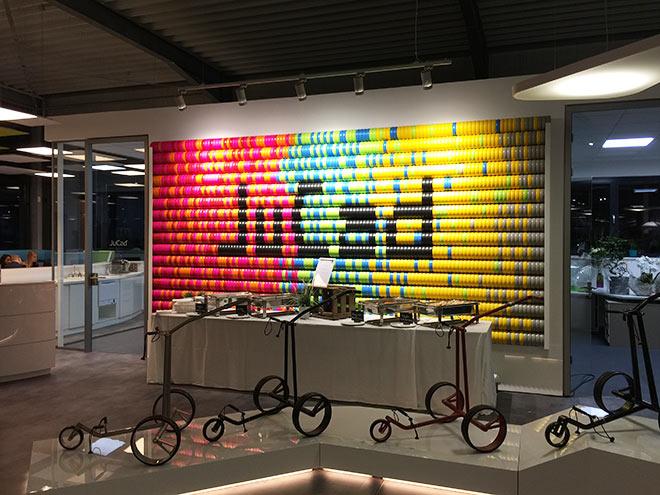 Ein Kunstwerk aus Golfcart-Rädern: bei dieser Räderauswahl hat JuCad Mut zur Farbe bewiesen!