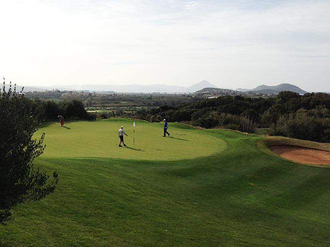 Grüns und Fairways an der Costa Navarino in Top-Zustand!