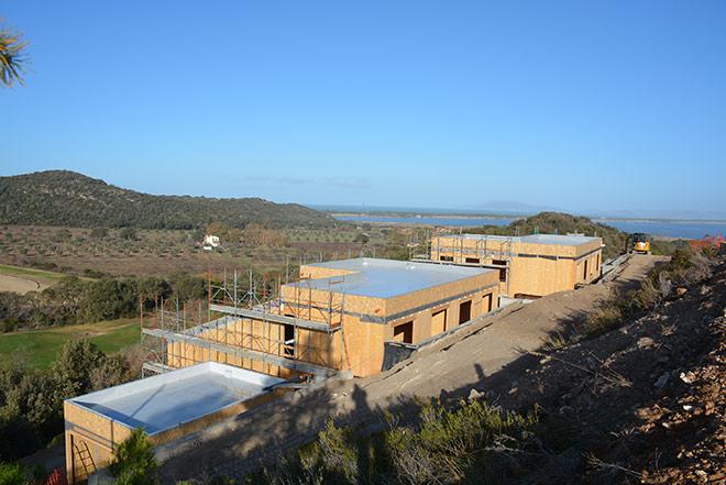 Was jetzt noch Baustelle ist, werden schon bald schöne Residenzen am Golfplatz sein.