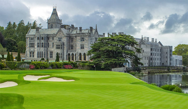 Loch 18 liegt direkt am Luxushotel Adare Manor. Fotocredit: Laurence Lambrecht