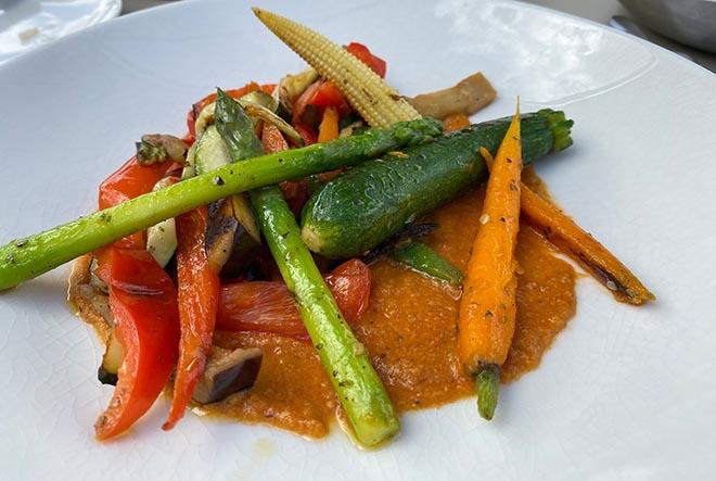 Gegrilltes Gemüse aus der Bistro-Küche