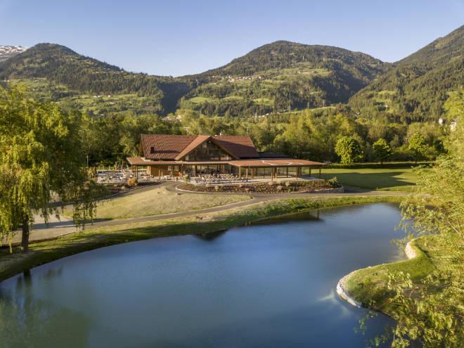 Dolomitengolf Resort startet mit neuem Clubhouse in die neue Golfsaison. Fotocredit: Hamacher Hotels