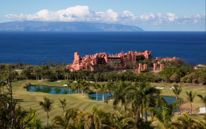 Zweitwohnsitz in Spanien: Das Luxus-Resort Abama ist Garant für eine perfekte Infrastruktur rundum die Immobilien.